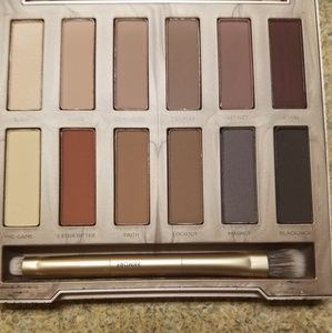 Urban Decay Makeup - Urban Decay Ultimate Basics Palette